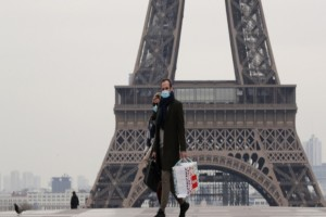 Απαγόρευση κυκλοφορίας στο Παρίσι: Απαγορεύεται η άθληση από τις 10 πμ ως τις 7 μμ