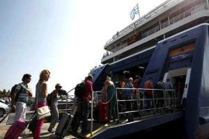 Κορωνοϊός: Με το εκκαθαριστικό φορολογικής δήλωσης οι μετακινήσεις προς τα νησιά