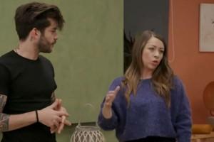Χαμός στο MasterChef - H Κατερίνα φόρεσε... στον Γιώργο - Το μάθημα που θέλει να του δώσει (Video)