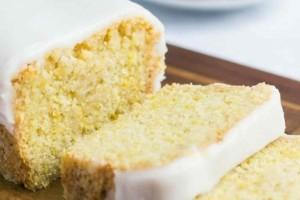 Το λευκό κέικ με λεμόνι της γιαγιάς