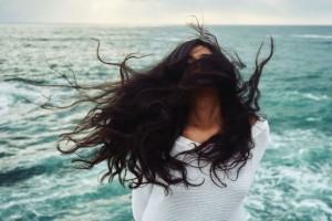 Είδατε στον ύπνο σας πως σας έπεσαν τα μαλλιά; Δεν φαντάζεστε τι σημαίνει!