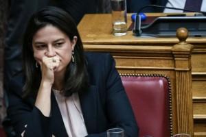Σενάρια ακύρωσης Πανελλαδικών εξετάσεων; Η απάντηση της υπουργού Παιδείας Νίκης Κεραμέως