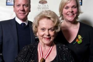 Πέθανε η διάσημη ηθοποιός Σίρλεϊ Ντάγκλας (photo-video)