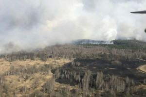 Φωτιά σε δάσος κοντά στο Τσερνόμπι:  Επικίνδυνη αύξηση της ραδιενέργειας -  16 φορές υψηλότερο από το κανονικό (Video)