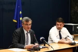 Κορωνοϊός: Άμεσα ταξιδεύουν στη Λάρισα Σωτήρης Τσιόδρας και Νίκος Χαρδαλιάς