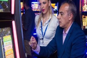 Τζον Τάραμας: Το κόλπο του μεγαλύτερου Έλληνα τζογαδόρου που έθεσε νοκ άουτ τα καζίνο!