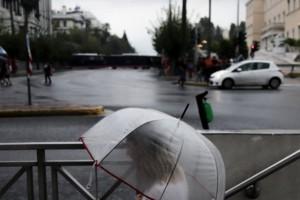 """""""Πνίγεται"""" η Αθήνα"""