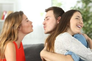 """37χρονη Νάντια: """"Ο άνδρας μου με απάτησε με την φίλη μου. Κάνω πως..."""""""