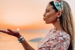 Αθηνά Οικονομάκου: Γυναικάρα η μητέρα της - Δείτε την για πρώτη φορά
