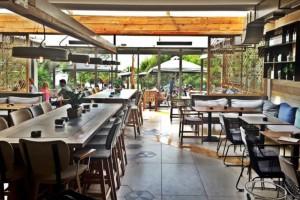 Άρση μέτρων: Ανοίγουν εστιατόρια, καφέ, μπαρ - Έτσι θα λειτουργούν (Video)
