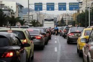 Στο «κόκκινο» η κίνηση στους δρόμους της Αθήνας - Που παρατηρείται μποτιλιάρισμα (photo)