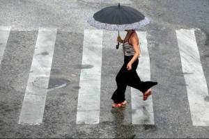 """Καιρός: Συνεχίζεται το """"μίνι"""" Φθινόπωρο - Βροχές και σήμερα"""