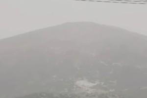 «Τρελαμένος» καιρός: Πλησιάζει ο Ιούνιος... με χιονισμένο τοπίο (video)