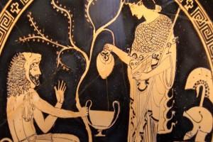 Γιατί οι Αρχαίοι Έλληνες έβαζαν νερό στο κρασί τους; Θα το κάνετε και εσείς όταν δείτε το λόγο