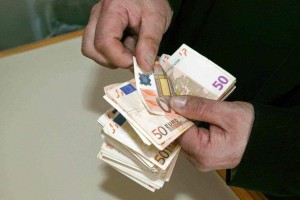 Όλα τούμπα με το επίδομα των 534 ευρώ: Αυτοί είναι οι δικαιούχοι