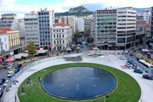 Απόψε... πάμε Ομόνοια: Φωταγωγείται και παραδίδεται στους κατοίκους της Αθήνας η πλατεία