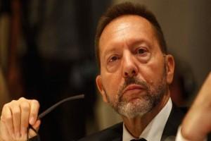 Παραμένει διοικητής της Τράπεζας της Ελλάδας ο Γιάννης Στουρνάρας