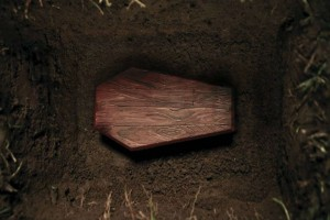 Το συγκλονιστικό μυστικό Έλληνα ηθοποιού – Έθαψαν ζωντανή την 12χρονη κόρη του