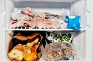7+1 τρόφιμα που δεν πρέπει να μπαίνουν στην κατάψυξη