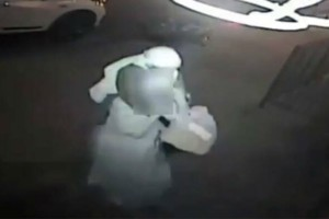 38χρονος βίασε 64χρονη - Φρίκη προκαλούν όσα κατέγραψε η κάμερα ασφαλείας (photo-video)
