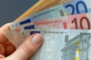 Επίδομα 800 ευρώ: Σήμερα η καταβολή σε 50.946 δικαιούχους