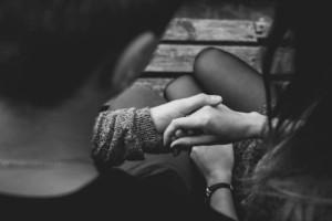 """30χρονη Σοφία: """"Έμαθα τυχαία ότι η παντρεμένη αδερφή μου έχει παιδί με…τον άντρα μου"""""""