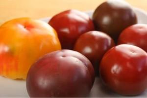 Με αυτό το απλό τρικ οι ντομάτες σας δε θα χαλάνε - Δώστε βάση
