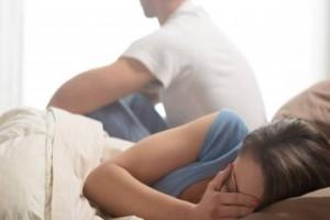 """34χρονη Έφη: """"Η πεθερά μου καλύπτει την απιστία του άντρα μου, για εκδίκηση θα την χωρίσω από τον πεθερό μου"""""""