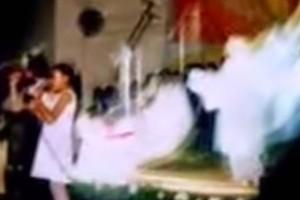 7χρονο κοριτσάκι έψελνε στην εκκλησία - Δευτερόλεπτα μετά κάμερα κατέγραψε από πίσω της κάτι το ανατριχιαστικό!