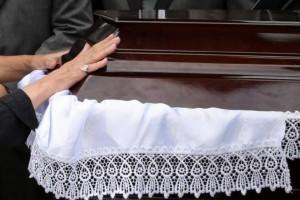 Ριζικές αλλαγές στα έξοδα κηδείας: Όλα όσα πρέπει να γνωρίζετε