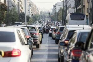 Χάος στους δρόμους: Καθυστερήσεις σε κεντρικούς άξονες - Κλειστή η Μεσογείων (photo)