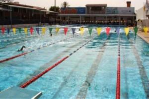 45χρονη έχασε τις αισθήσεις της ενώ κολυμπούσε - Δίνει μάχη να κρατηθεί στη ζωή