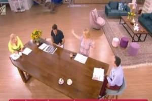 """Το Πρωινό """"ισοπέδωσε"""" την Αντελίνα Βαρθακούρη - Απίστευτες ατάκες on air - Η Φαίη Σκορδά έκανε νοήματα να σταματήσουν"""
