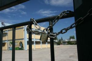 Σοκ: Έκλεισαν σχολεία στην Ελλάδα λόγω κορωνοϊού - Έσκασαν νέα κρούσματα