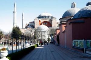 Απίστευτη οδηγία για την Αγία Σοφία: Ζητείται να κρύψουν τις αγιογραφίες για τη μετατροπή σε τζαμί