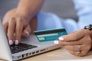Νέες ηλεκτρονικές απάτες: Τι πρέπει να προσέχουν οι καταναλωτές;