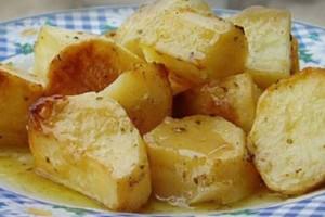 Το μυστικό των σεφ για να φτιάξεις τις πιο νόστιμες πατάτες