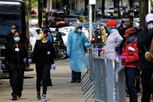 """Ο κορωνοϊός """"εξαφανίζει"""" τις ΗΠΑ: 55.000 κρούσματα σε μια μέρα - Πάνω από 130.000 οι νεκροί"""