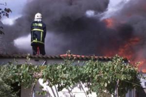 Συναγερμός στο Ηράκλειο: Φωτιά σε κατοικημένη περιοχή - Κινδυνεύουν σπίτια