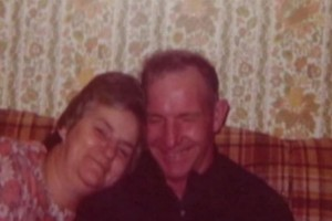 Γιαγιά και παππούς ήταν παντρεμένοι εδώ και 70 χρόνια - Λίγο πριν πεθάνουν αποκαλύφθηκε το σκοτεινό μυστικό τους...