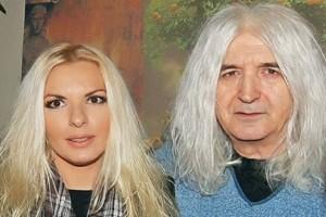 «Σε είχα δει με τον Καρβέλα στο...»: Επανασύνδεση για την Αννίτα Πάνια;