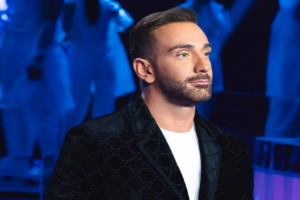 Νίκος Κοκλώνης:  «Έκρηξη» αγάπης στο grand finale του J2US με ποσό-έκπληξη