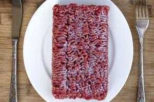 Κίνδυνος κατά την απόψυξη – Τι να προσέχετε στο κρέας!