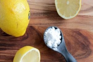 Λεμόνι με μαγειρική σόδα: Ποια θανατηφόρα ασθένεια νικάει. Πού αλλού βοηθάει