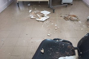 Τραγικές εικόνες σε μεγάλο νοσοκομείο της Αθήνας: Πέφτουν ταβάνια στα κεφάλια ασθενών