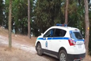Θρίλερ στα Τρίκαλα: Βρέθηκε πτώμα γυναίκας σε εκκλησία (Video)