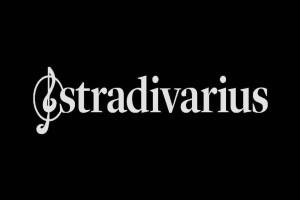 Stradivarius: Τρέξε να αγοράσεις το πιο πολυσυζητημένο τζιν σε σούπερ τιμή