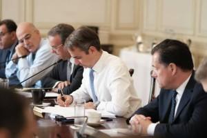 Ραγδαίες πολιτικές εξελίξεις: Αντίστροφη μέτρηση για τον ανασχηματισμό - Θέμα ωρών οι ανακοινώσεις