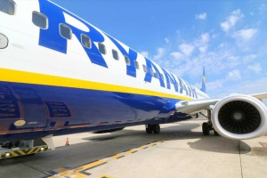 """Προσφορά """"φωτιά"""" από τη Ryanair - Λήγει την Πέμπτη"""