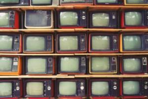 """Τηλεθέαση 08/08: Ποια προγράμματα """"χτύπησαν κόκκινο"""";"""